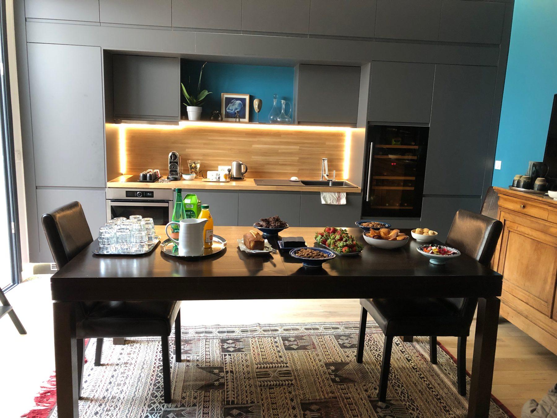 La salle à manger de la Villa Fontaine